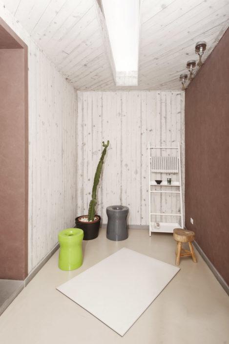 Showroom arredo bagno addesso living for Arredo negozi salerno