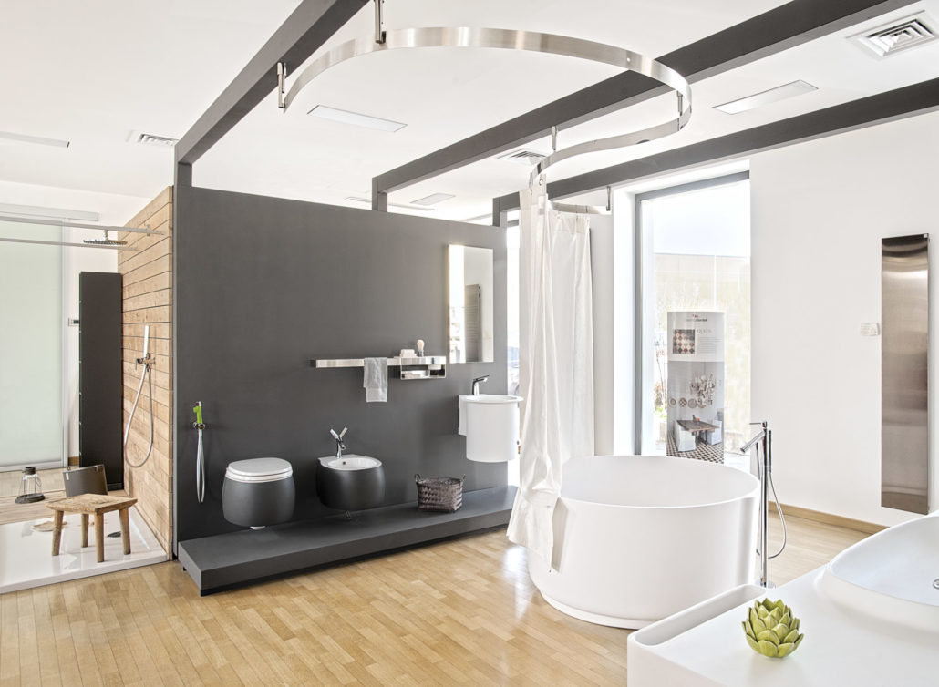 Showroom arredo bagno addesso living for Showroom bagno